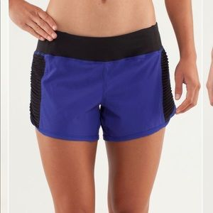 Lululemon Run: Bright At Night Shorts 6